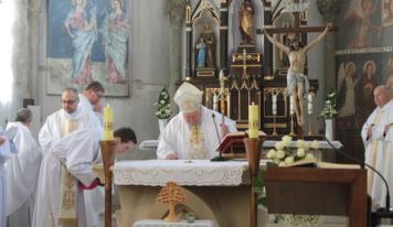 V Želiezovciach majú relikviu sv. Charbela