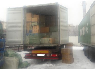 Colníci v Nitre zaistili tovar v hodnote 175 000 eur