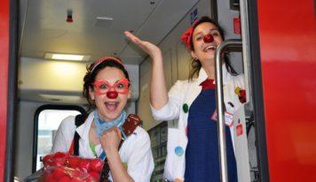 Zdravotní klauni vo vlakoch