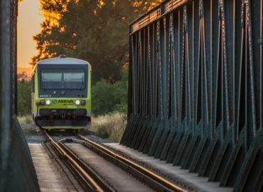 Z Nitry vlakom do Prahy: Po novom sa odvezie 240 cestujúcich.