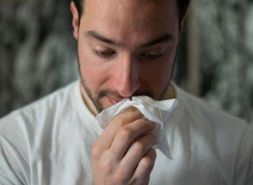 ÚVZ SR radí: Aké sú rozdiely medzi chrípkou a COVID-19