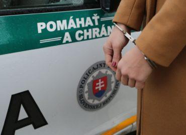 Nikoletta v Nitre a okolí predávala drogy: Skončila v rukách polície