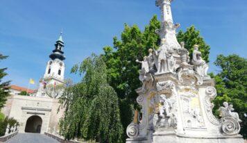 Gotická priekopa na Nitrianskom hrade aj tento rok ponúkne letné kino. Pod hradbami bude tančiareň