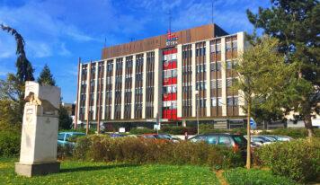 Mestský úrad sa čiastočne otvára pre verejnosť