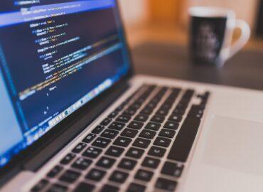 Katedra informatiky UKF pripravila programátorskú súťaž pre stredné školy