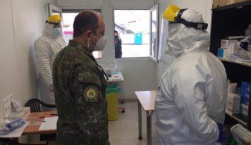Každý deň sa v nemocnici v Nitre vystrieda 38 vojakov