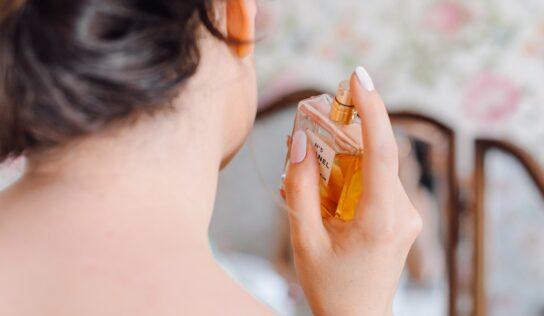 Nitrianski colníci zaistili takmer 4000 tisíc falošných parfumov