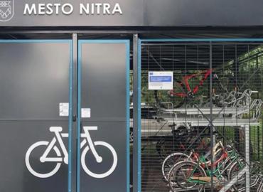 Štyri nové cyklogaráže majú byť dokončené budúci týždeň