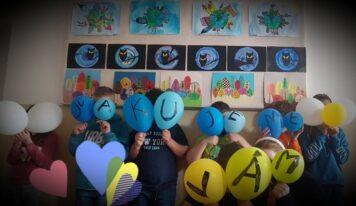 V priestoroch nitrianskej fakultnej nemocnice otvorili výstavu malých výtvarníkov