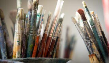 Počas augusta sa v Krajskej knižnici Karola Kmeťka v Nitre uskutoční Letná škola maľovania na sklo