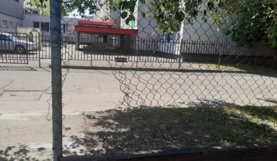 Ihriská pri nitrianskych školách ničia vandali