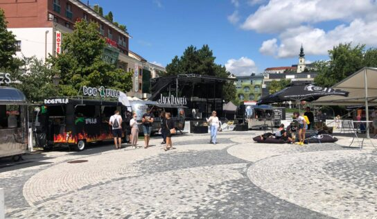 V Nitre sa začal Slovak Food Truck Fest. Nechýba chutné jedlo a pestrý program