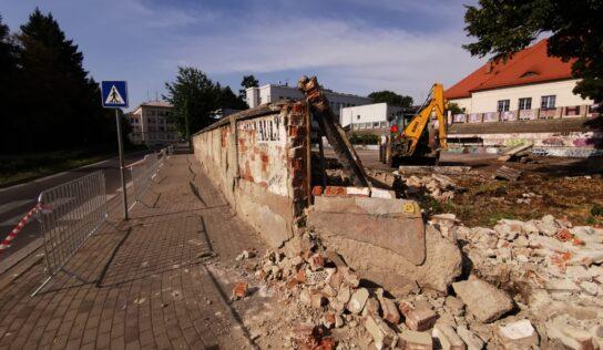 Na ihrisku pri CVČ Domino v Nitre začala prvá etapa opravných prác
