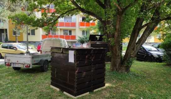 Na Lipovej ulici v Nitre umiestnili komunitný kompostér na kuchynský bioodpad