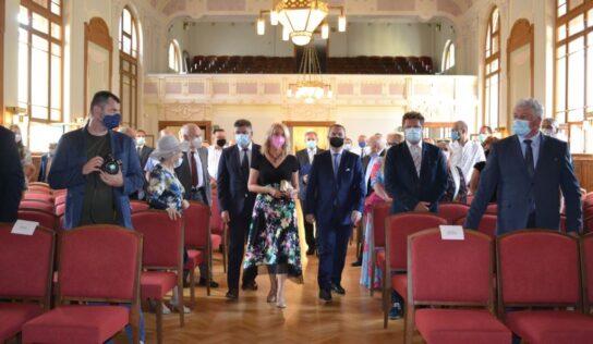 Nitriansky samosprávny kraj ocenil osem osobností za rok 2019 a 2020