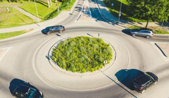 Kruhový objazd pri komplexe Promenada Living Park rozšíria