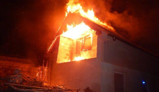 V Hájskom v noci horel rodinný dom
